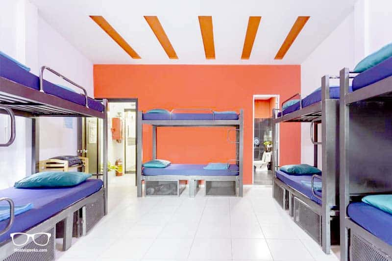 Hangout Hostel