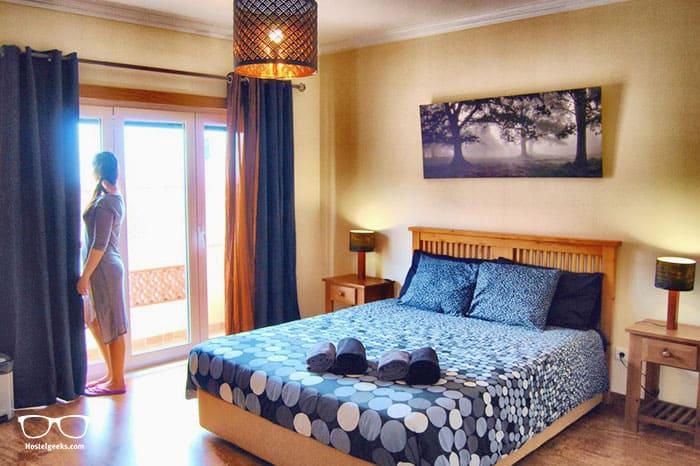 Best Surf Hostels in Portugal - 33 Hostel in Porto
