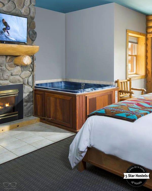 The Bivvi Hostel is a superb 5 Star Hostel in Breckenridge, Colorado in USA