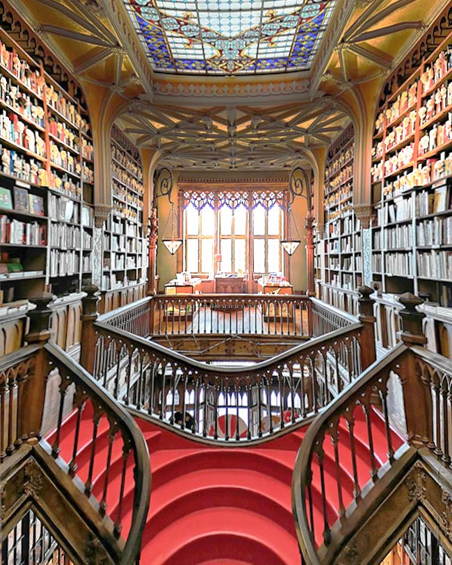 One of the most beautiful libraries in the world, the Lello Library is a must-thing to do