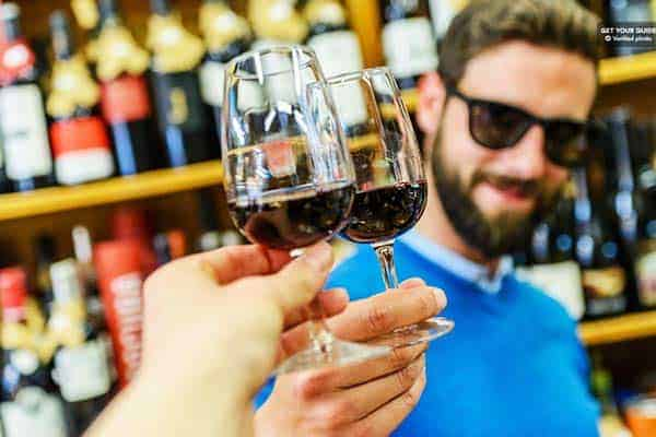 Go tipsy and discover wines in Porto