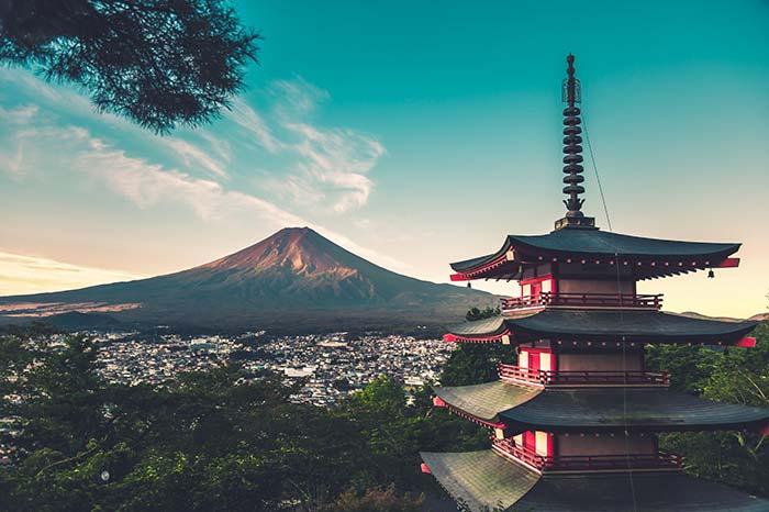 Mount Fuji Tour, Fun things to do in Tokyo.