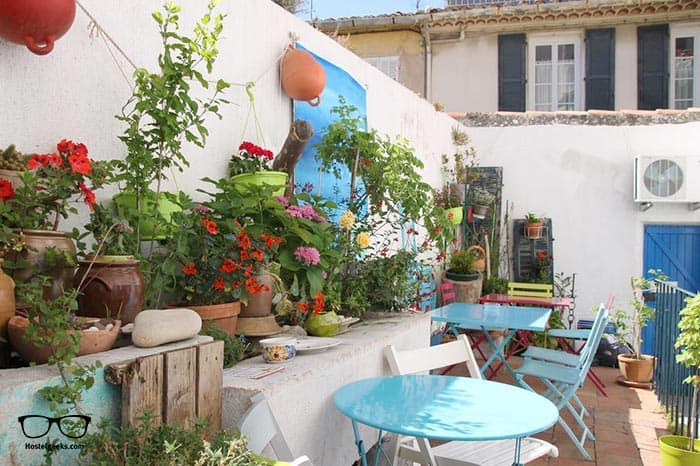 Au Petit chez Soi is one of the best hostels in Marseille, France