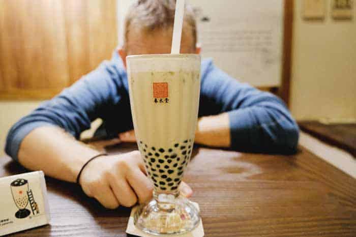 Taste bubble tea while in Taiwan
