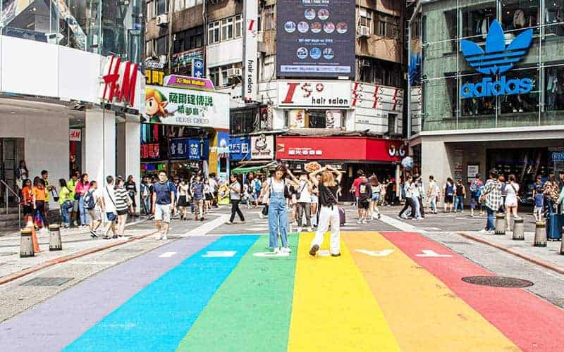 20 Fun Things To Do in Taipei [year] - Quirky Art, Stinky Food and Original Drinks