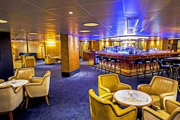 SS Rotterdam Bar