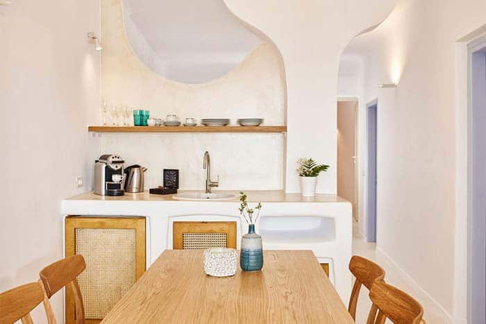 Family-Friendly Hotels and Airbnbs in Santorini