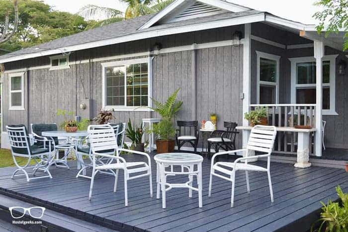 Lahaina Beach House is one of the best hostels in Maui, Hawaii