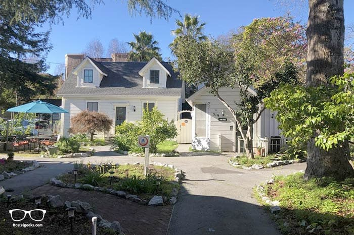 HI Santa Cruz Hostel is one of the best hostels in California, USA