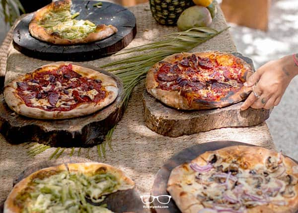 Who wants the best pizza in Tulum? Get it a Selina Hostel