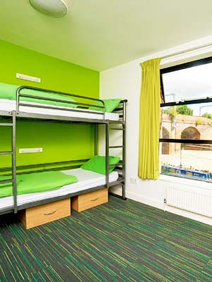 YHA Manchester dorm with views in Manchester city