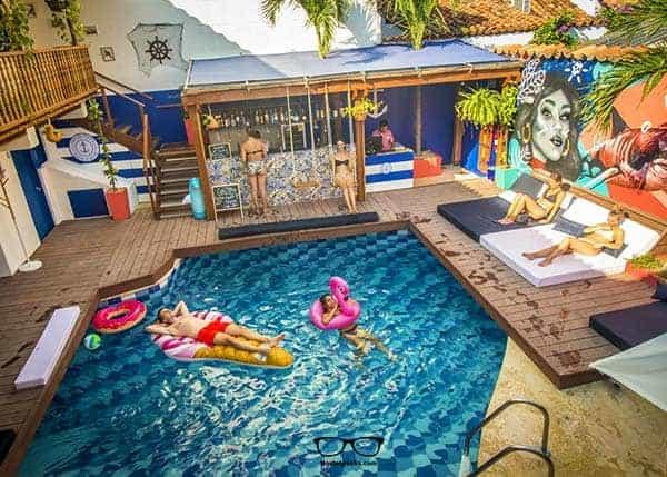 Kick Back at the Swimming Pool at Casa del puerto Hostel and Suites in Cartagena de Indias