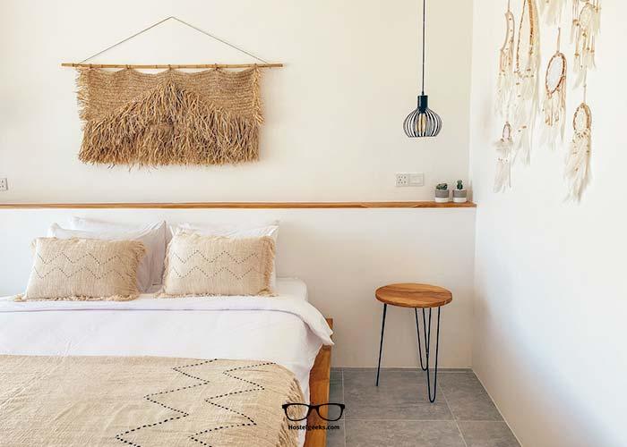 Private Room at Arya Wellnress Retreat