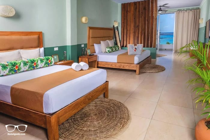Albatros Suites by Bedfriends is one of the best hostels in Mexico, North America