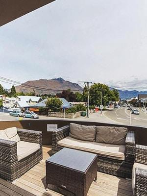 Sir Cedrics Tahuna Pod Hostel in Queenstown, New Zealand